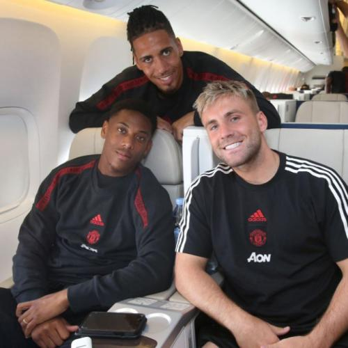 Manchester United Touch Down In Perth