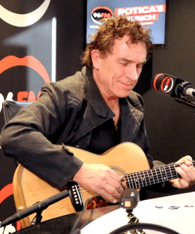 Cold Chisel's Ian Moss Performs Live In Studio