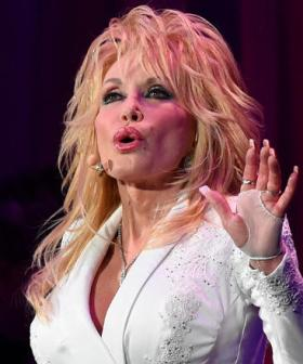 Dolly Parton Says She Once Risked A Bear Attack To Avoid A Bad Date