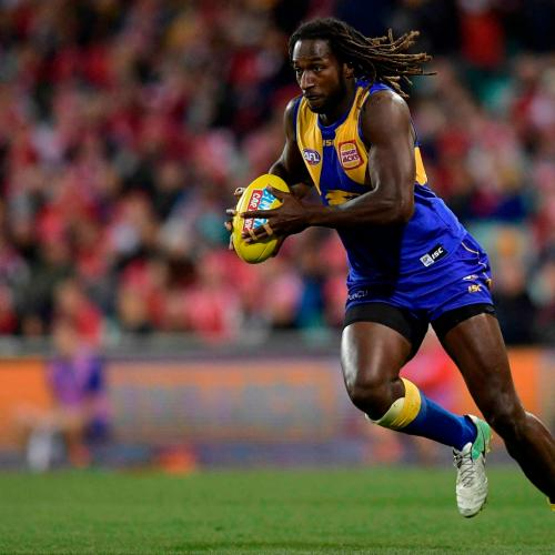 Nic Nat Walking Around As A Virtual Unknown On The Gold Coast