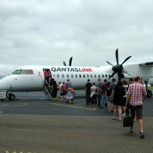 QantasLink Flight From Sydney To Canberra Forced To Land After Mid-Air Brawl