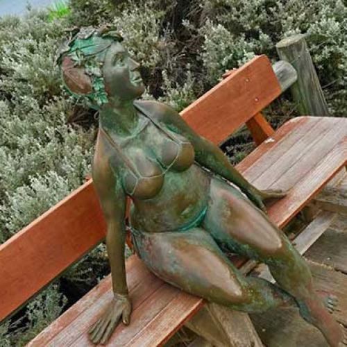Despite Charges, Freo's 'Bella' Statue Is Still Missing
