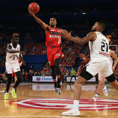 Perth Wildcats' Bryce Cotton Breaks United Hearts In Game-Winning Shot