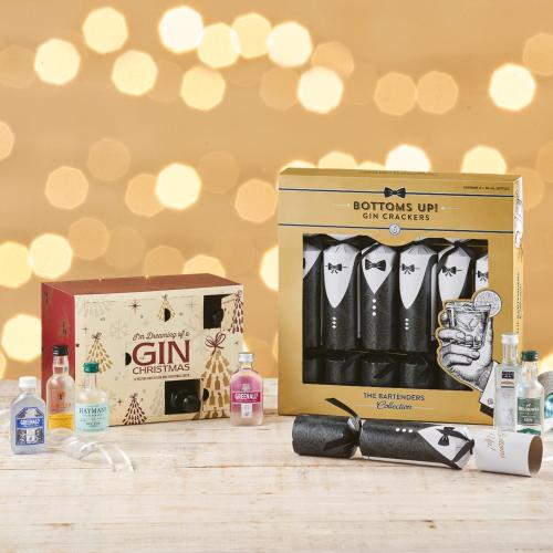 ALDI Is Now Selling Gin And Vodka Christmas Baubles & Crackers