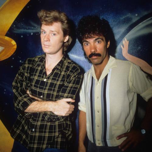 This Vocal-Only Version Of Hall & Oates' 'Out of Touch' Is Sooo Good