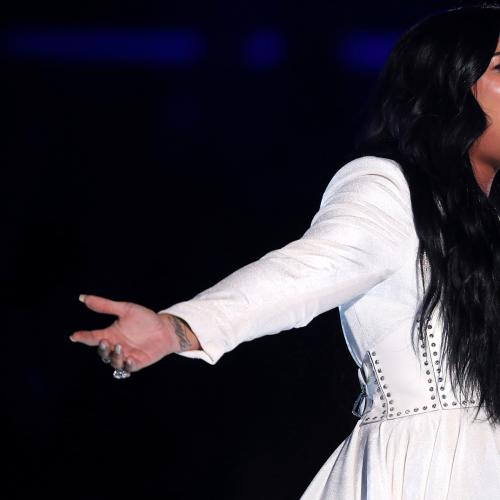 Demi Lovato Has Music Fans In Tears After She Performs For The First Time Since Her Overdose