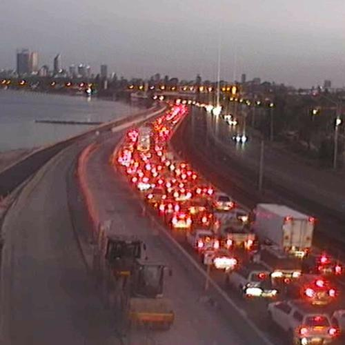 Here's Why The Kwinana Freeway Is 100% Unadulterated Chaos This Morning