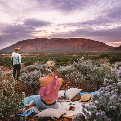 There's A Rock In WA That's BIGGER Than Uluru & You've Probs Never Heard Of It