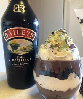 An Internet Queen Has Made A Baileys PARFAIT Out Of A Woolies Mudcake!