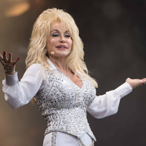 Dolly Parton Wrote '9 to 5' While Bored: 'I Wrote The Song On My Nails'