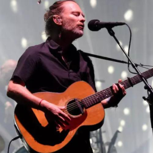Get In The Festive Spirit With Radiohead's Virtual Holiday Cards
