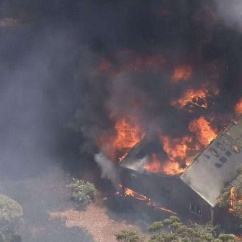 Up To 30 Homes Destroyed, More Threatened In Perth Hills Bushfire