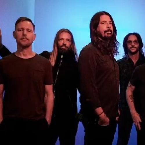 Foo Fighters Cover The Bee Gees And, Guys, It's On Fricken POINT