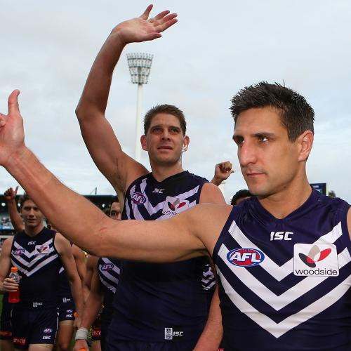 Dockers Pull In Their Fave Lawn Mower Man For Intra-Club Match