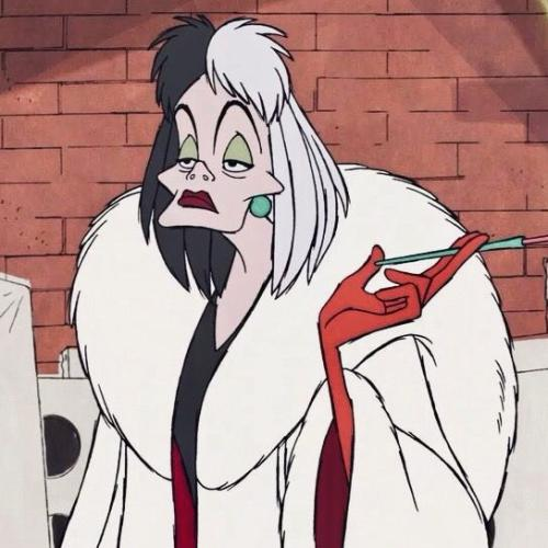 Here's The Jaw-Dropping First Look At Emma Stone's Cruella De Vil