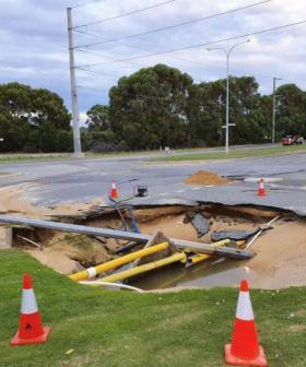 Huge Sinkhole Opens Up In Perth Overnight, Swallows Lamppost