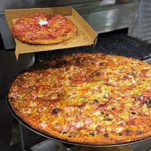 Stop Everything Because We've Just Found Perth's BIGGEST PIZZA